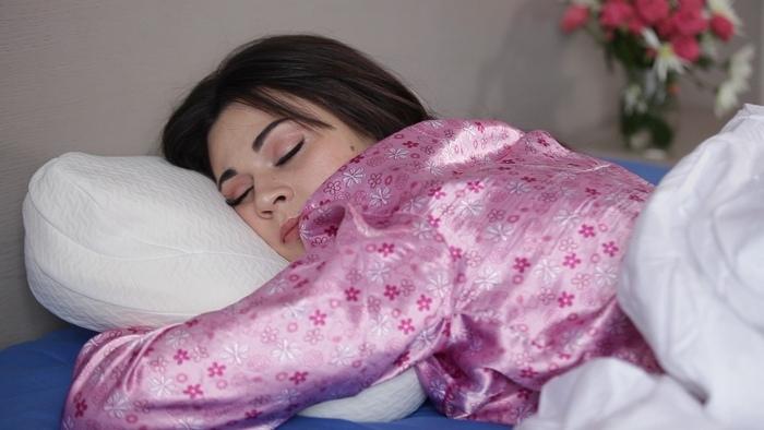 """Наволочка для ортопедической подушки с эффектом памяти Olvi """"Butterfly"""" J2539  Фото 3"""